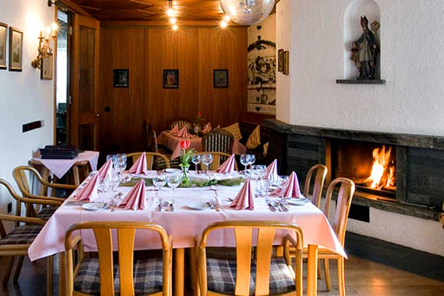 Kaminzimmer-1-Klosterhof-Gutenzell-900x600