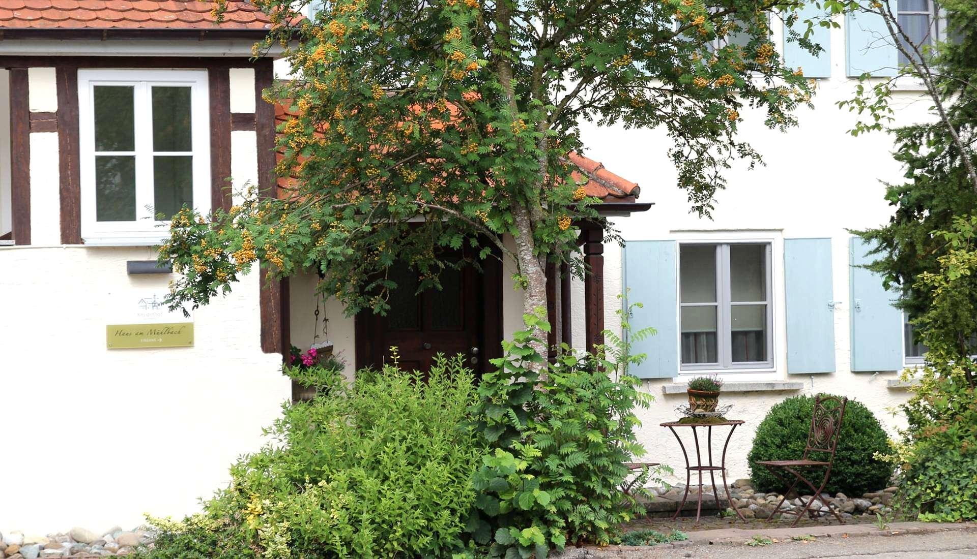 Slide Haus am Mühlbach - background2 1920x1100